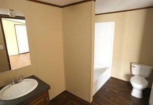 Fleetwood Berkshire 16723B casa móvil baño principal