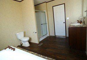 Foto de casa móvil Solution SLT28764A baño principal