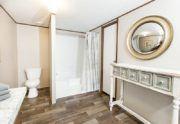 TruMH Tyson Pride Mobile Home Master Bathroom