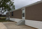 4/4 Fleetwood Weston Mobile Home Exterior