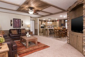 Sulphur Springs Colonial COL32523V casa móvil sala de estar con comedor y cocina