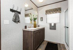 CMH King – SLT32685A - Bathroom