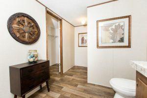 TRU28564A - Bathroom