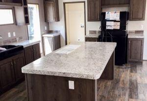 Fleetwood Weston 28523W Mobile Mobile Home Kitchen