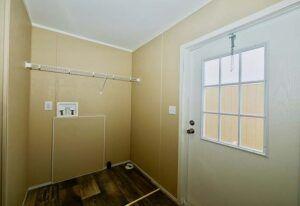 Meridian Malocello - Mobile Home - Utility Room