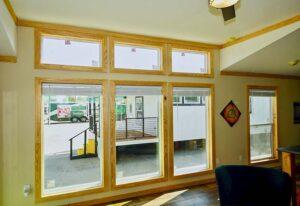 D56E-Living-Room-Windows