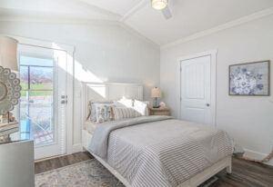 Meridian Starling D40EP8 - Bedroom