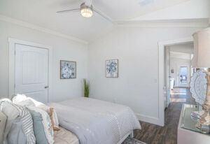 Meridian Starling D40EP8 - Bedroom 3