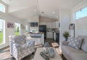 Meridian Starling D40EP8 - Living Room 6
