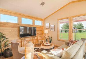 Meridian Heron J50EP8 – Living Room 3