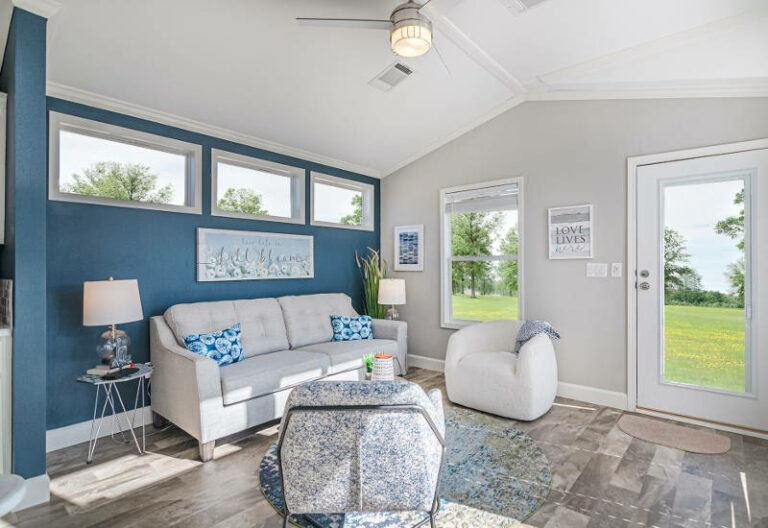 Meridian Sandpiper C44EP8 – Smart Cottage