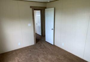 Meridian Dorado - 9356 - Living Room 3