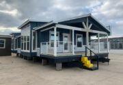 Meridian Falcon L40EP8 - Smart Cottage - Exterior