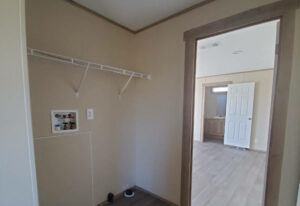 Meridian Phoenix - 9277 - Living Room 3