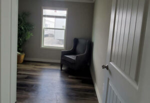Mockingbird PLUS - D54EP8 - Bedroom