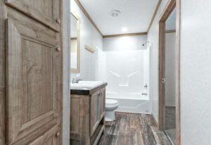 Meridian Polaris - COM18763P-Guest-Bathroom 2