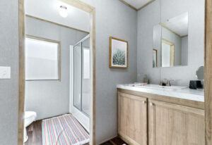 Meridian Polaris - COM18763P-Guest-Bathroom 4
