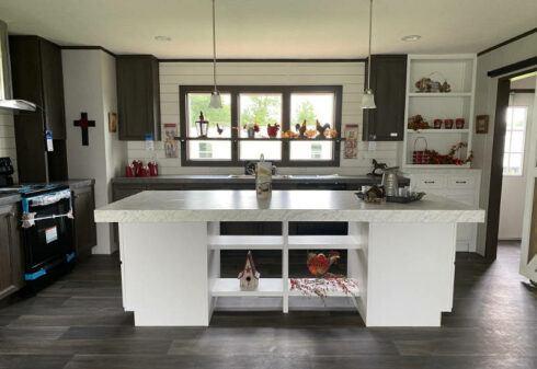 Clayton Renegade – SLT28483B - Kitchen 4