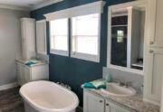Meridian Nicollet 58 - S58F4 - Bathroom
