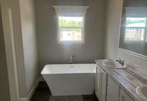 Meridian Grissom - J78H - Bathroom