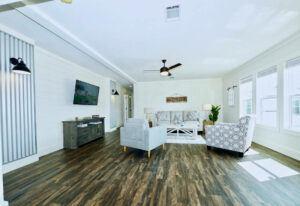 Meridian Pearl - 6370 - Living Room 2