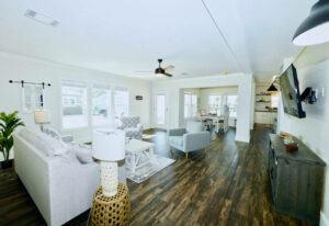 Meridian Pearl - 6370 - Living Room 4