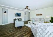Meridian Pearl - 6370 - Living Room 7