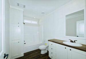 Meridian Pearl - 6370 - Bathroom 5