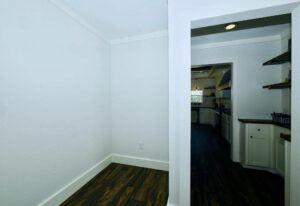 Meridian Pearl - 6370 - Bedroom 6