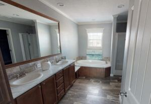Meridian Vandaveer - W64E - Bathroom