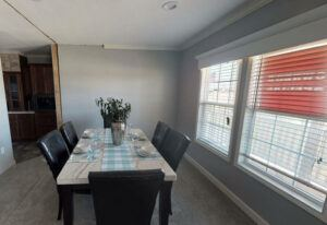 Meridian Vandaveer - W64E - Dining Room