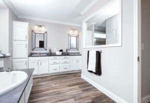 Clayton St. Augustine - SMH32663B - Bathroom 3