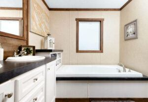 Clayton The Ridgeview - SCH18763R - Bathroom
