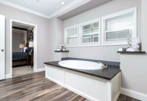 Clayton St. Augustine - SMH32663B - Bathroom 2
