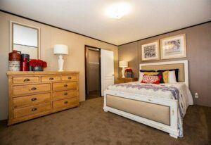 Clayton Dragon - DRG16723D - Bedroom