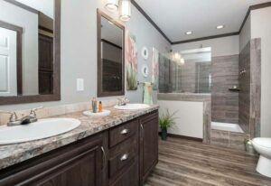 Clayton Hogan MAX - DEV32443A - Bathroom