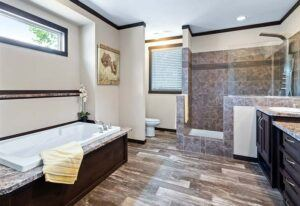 Clayton Hamilton - PAR32745A - Bathroom