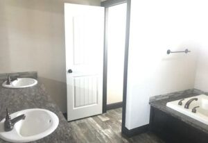 Clayton New Orleans - SMH32643A - Bathroom 2