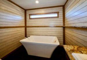 Meridian Maribel - 9756 - Bathroom