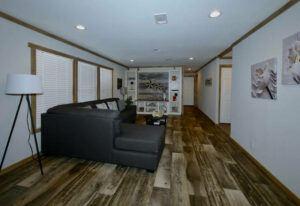 Meridian Mariana - 9776 - Living Room 3