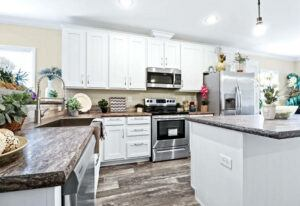 Clayton Crenshaw - DEV28603A - Kitchen 4