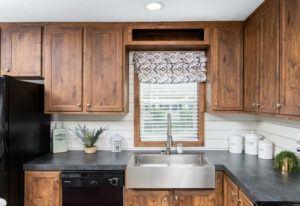 Clayton The Ridgeview - SCH18763R - Kitchen 9