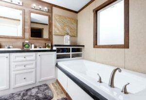 Clayton The Ridgeview - SCH18763R - Bathroom 5