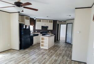 Fleetwood Weston 76I - WE16763I - Kitchen 2