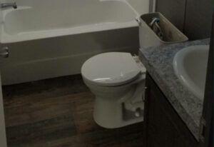 Fleetwood Weston - 76J - Bathroom
