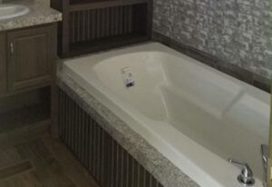 Fleetwood Weston - 76J - Bathroom 3