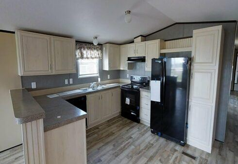 Fleetwood Weston 72 - WE16722W - Kitchen 3