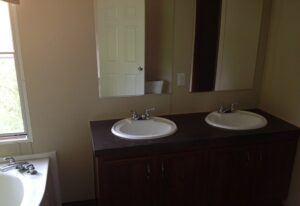 Fleetwood Weston 18N - WE18763N - Bathroom