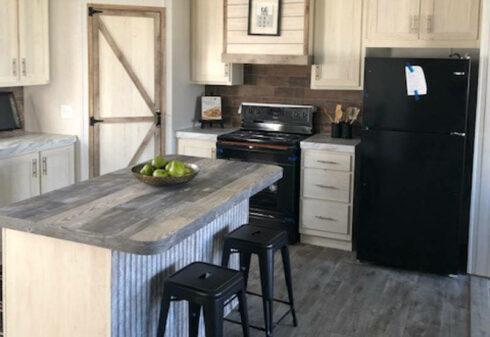 Fleetwood Americana 2856 - AE28563R - Kitchen