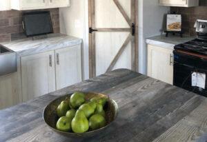 Fleetwood Americana 2856 - AE28563R - Kitchen 3